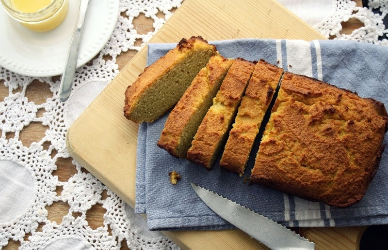 Low Carb Brot mit Kokosmehl